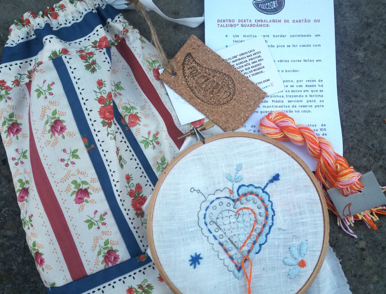 beginner embroidery kit, learn to embroider with embroidery hoop, Viana heart