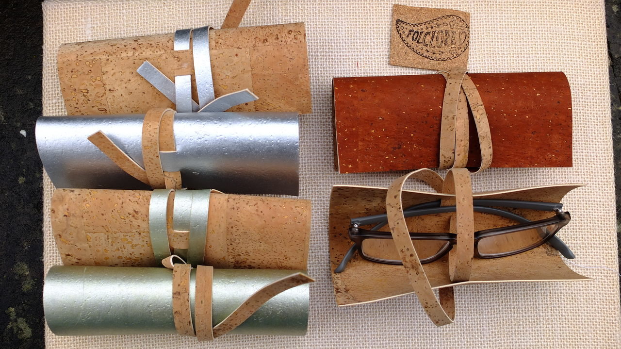 wholesale eco-friendly gifts, glasses cases in cork fabric